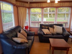 6TC-Willerby-atlas-super-living room